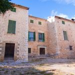 Old finca for renovation in Mallorca real estate opportunity